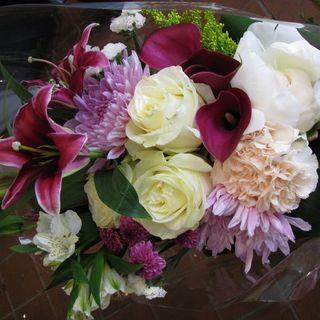 Burgundy Presentation Bouquet