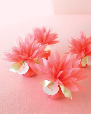 Tissue Paper flowers- dahlia- intimate weddings