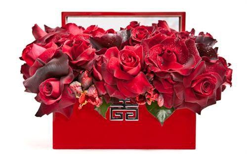 Red Flower Arrangement - floral Art