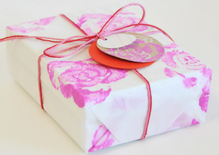 Gift Wrapping -wrapping_paper_creature_comforts