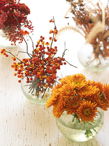 How to Make Simple Mini Thanksgiving Flower Arrangements - First