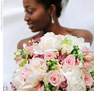 Bride Black - large bridal bouquet