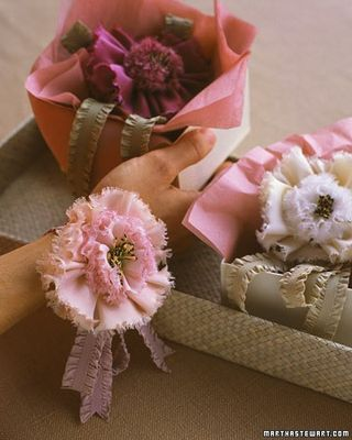 Gift Wrap Ribbon corsage - MS