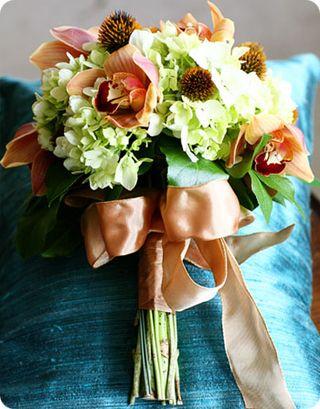 Top 5 Nov 11 Wedding Bouquets-Inspired Floral Design
