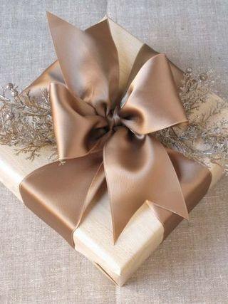 V Day Gift Wrap E