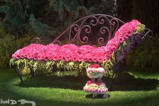 Flower chaise