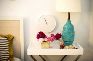 Bedside clock and flowers Rue