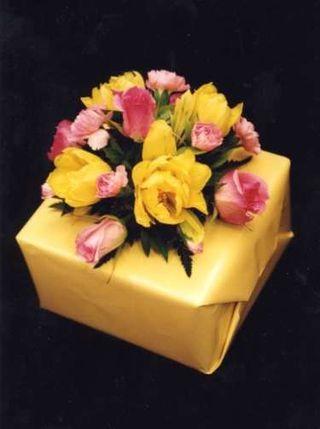 V Day Gift Wrap D