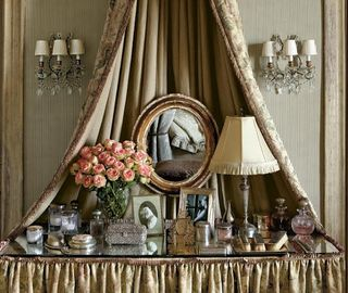 Dressing table d