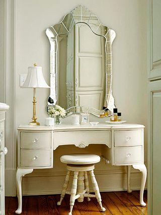 Dressing table L
