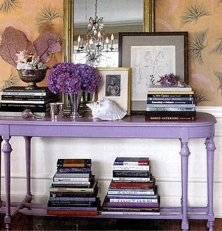 Lavender table with hydrangea