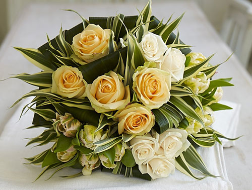 How Much Does A Bridal Bouquet Cost?