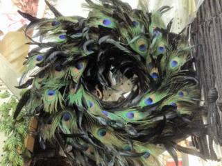 Jamali peacock wreath